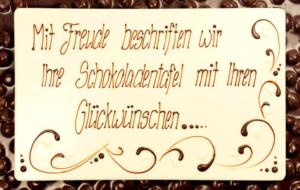 Laderach_FrischSchoggi_Dunkel_Square_gross